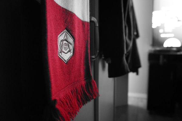 History. Pride. Honour. Arsenal Afc Coyg Red White Close-up Indoors  Football Soccer Gunners Depth Of Field Scarf