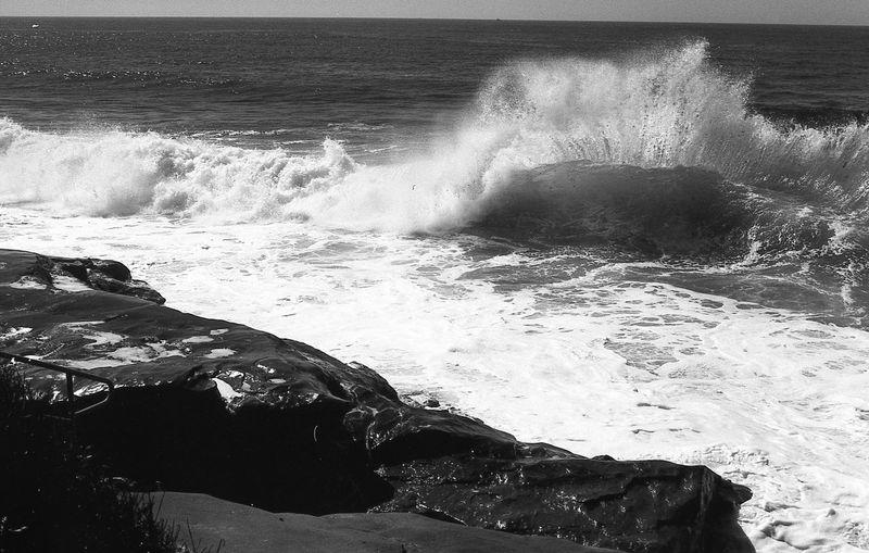 Analogue Analogue Photography California California Coast California Dreamin EyeEmNewHere Ishootfilm Nature Wave WestCoast Blackandwhite Cliff Film Photography Filmisnotdead Hitting Horizon Over Water Landscape Power In Nature Water