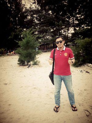 At Pantai hamadi Jayapura... Latepost