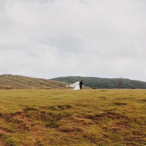 Couple Landscape Lifestyles Marry Nature