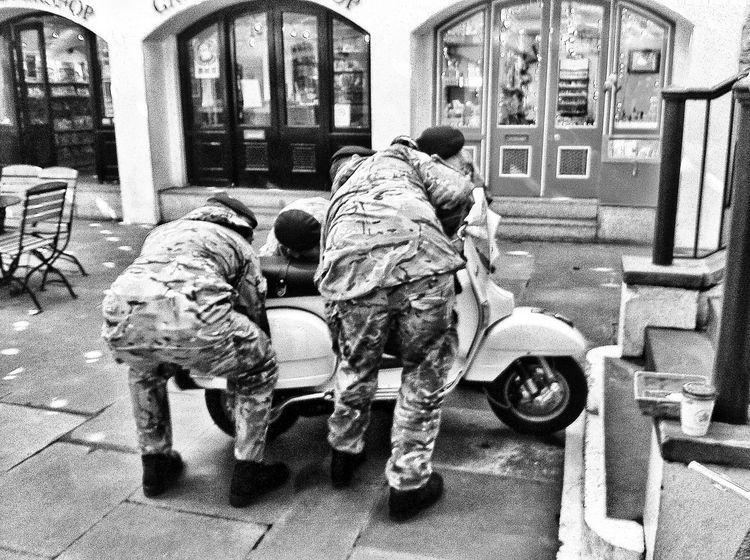 Streetphoto_bw Blackandwhite IPhoneography