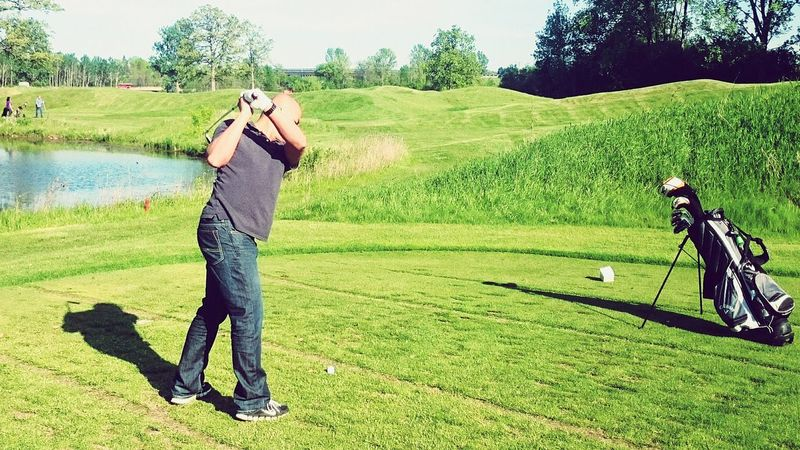 Golfing Hole In One! Being Tiger Woods The Grass Is Green Check This Out Walking Around Snapshots Of Life Share Your Adventure The Great Outdoors - 2015 EyeEm Awards The Moment - 2015 EyeEm Awards