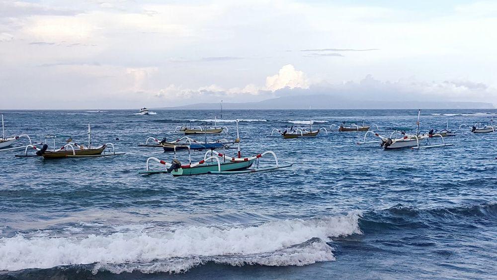 Boats Fisherman Sea Waves Bali