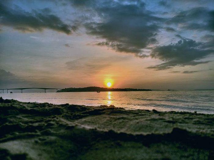 Sunset II over Snake Island, Sihanoukville. Lumia930 Mobilephotography WindowsPhonePhotography WeLoveLumia ShotOnMyLumia  Lumiaography Theappwhisperer Makemoments MoreLumiaLove GoodRadShot TheLumians Fhotoroom Lumia PicHitMe EyeEm Eyewm_o MenchFeature Photography Nban NbanFamily Pixelpanda Visitorg Aop_Lab Natgeo Natgeotravel NatGeoYourShot Cambodia PhnomPenh My_Mobile_Photography @fhotoroom_ @thelumians @lumiavoices @pichitme @windowsphonephotography @microsoftwindowsphone @microsoftlumiaphotography @mobile_photography @moment_lens @goodradshot @mobilephotoblog @street_hunters @lumia @pixel_panda_ @eyeem_o @photocrowd @photoadvices @nothingbutanokia @worldphotoorg