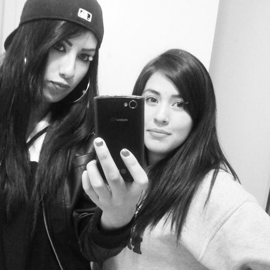With my girl Jazmine. I love this chick,she makes me laugh so much. Blackandwhitepic Homegirl  Missedher Cholaloljk
