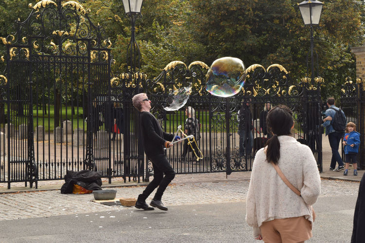 Adult Fantasy London LONDON❤ Outdoors People People And Places Soap Bubbles