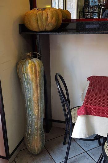 Tavolo Zucca Sedia Specchio Rosso Indoors  No People Home Interior Day
