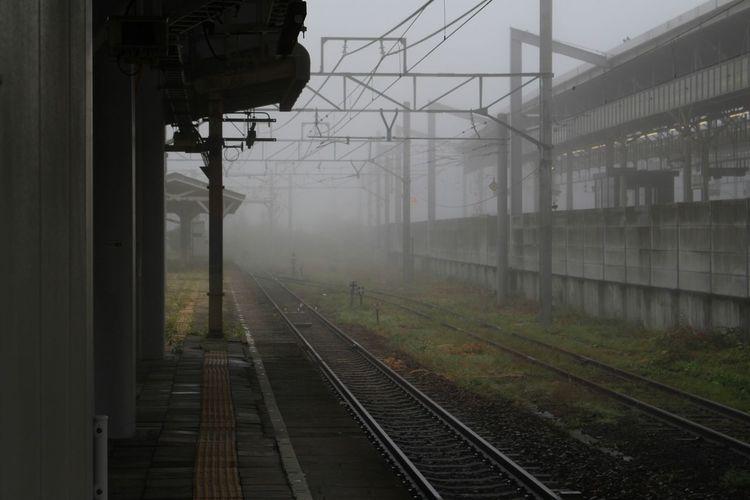 終着駅は霧だった😃 軽井沢 Traveling Travel Photography Station Train Station