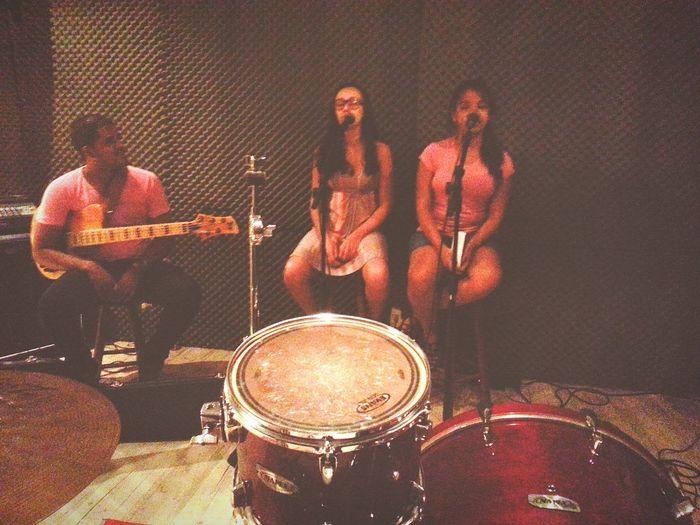 Foi Bom é Bom Momentos Bons Musicians Music Friends Studio Top I Love It ❤ EyeEm Music Lover Music Is Life Enjoying Life First Eyeem Photo em Volta Redonda RJ Brasil.