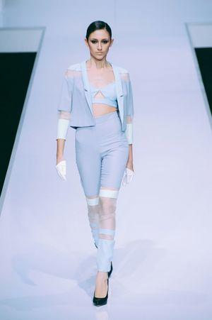 Striking Fashion Fashion Photography Fashioneditorial Female Model Photojournalism Fashion Show