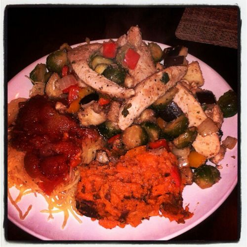 Spaghettisquash Sweetpotatoes Chickenbreasts Eggplant brusselssprouts peppers onions homemadesauce