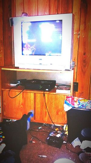 Watching people play BO2 Relaxing Taking Photos Check This Out Hanging Out Bo2 Small-tv.