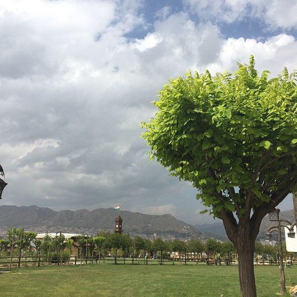 Spîdêbâš Kurdistan Kêskatî Kurd Green Gul Dar Duhok My City Park Garden Izadipark IPhon6 IPhone Photographer Photography Ilovekurdish Ilovekurdistan