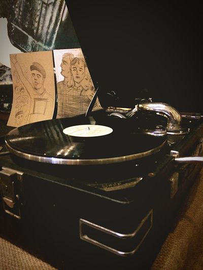 Retro Music Gramophone