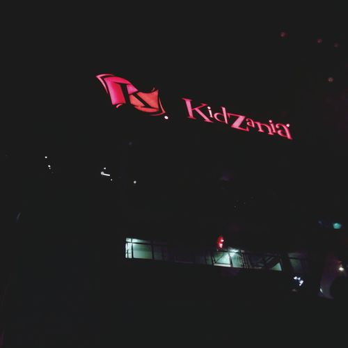 Anyone knows this place? ? Well guess what, I'm one of the pilots at Kidzania International Airport ?
