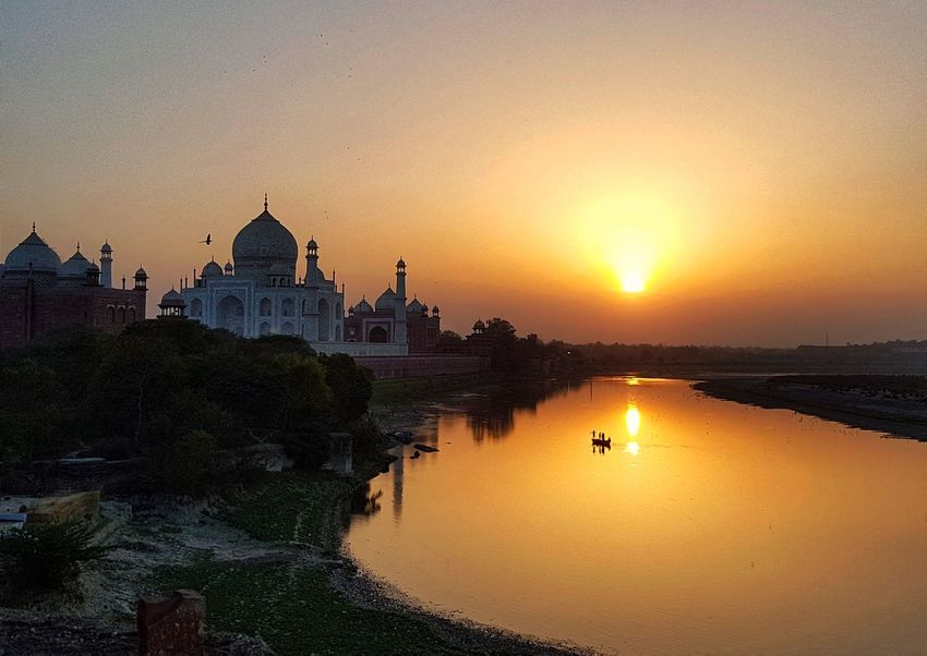 The Taj Mahal at sunset Historical Site Sunset Agra Amazing Destination Travel Beautiful Tourist Destination Travel Photography Tropical Living EyeEm Travel Destination Sun Vacation In India Taj Mahal