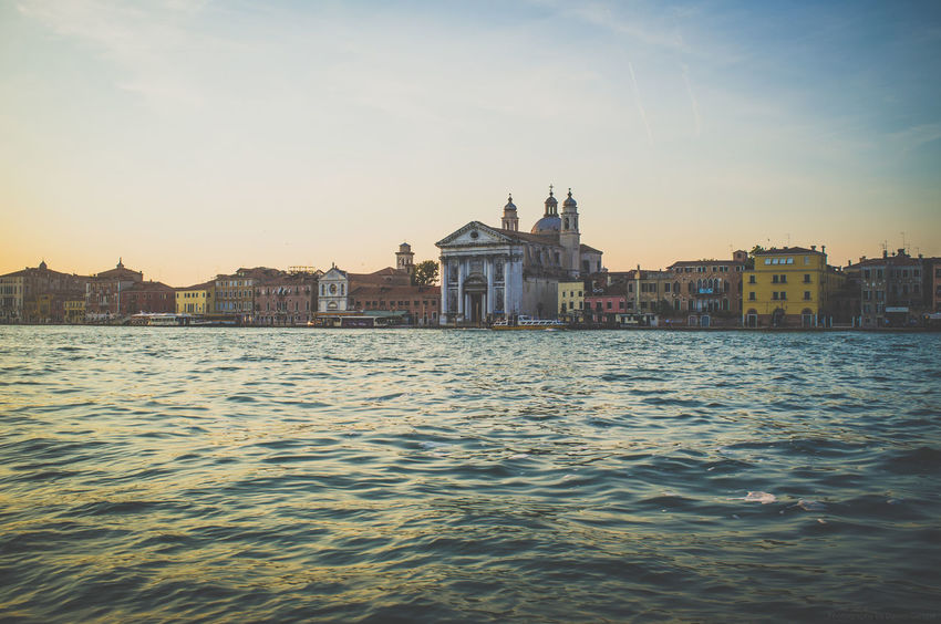 Venedig, Italien Architecture Europa Europe Fujifilm_xseries Fujixseries Grand Canal Italia Italien Italy Italy❤️ Pastel Power Street Photography Streetphotography Vacation Venedig Venezia Venice Watersports