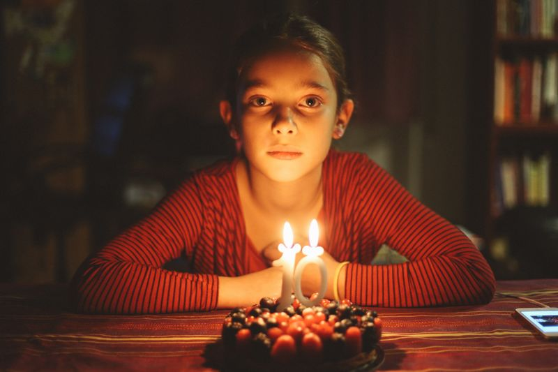 Adolescenza Candle Flame Burning Birthday Candles Birthday Cake Indoors  Birthday Front View Celebration One Person Illuminated Table Sweet Food Looking At Camera Real People Headshot Night Beautiful Woman Portrait Young Adult EyeEm EyeEmNewHere Picoftheday The Portraitist - 2017 EyeEm Awards Fresh On Market 2017 This Is Family Visual Creativity