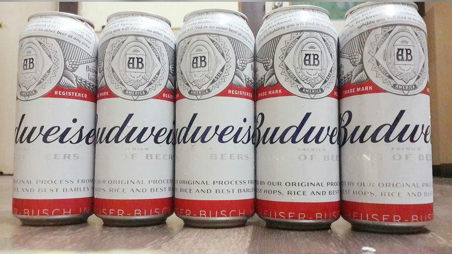 Beer full On Enjoying Life Friends ❤ FriendshipDay Drunk Nights Budviser Liquor Samsung Galaxy S4 Shot