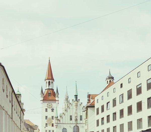 München,Germany Oktoberfest 2016 Built Structure Building Exterior Architecture No People City Life Famous Place Travel Destinations Cloud Scenics