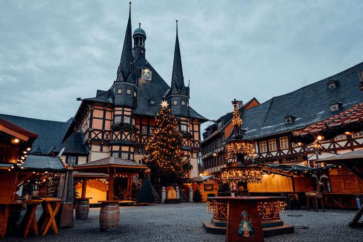 Frohe Weihnachten - Merry Christmas Architecture Built Structure Building Exterior Sky Dusk City Building Illuminated Nature Place Of Worship Cloud - Sky Lighting Equipment Religion Belief Spirituality Travel Travel Destinations No People Outdoors Business Xmas Christmas Wernigerode Harz