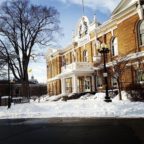 Sunshine and snow! ☀⛄