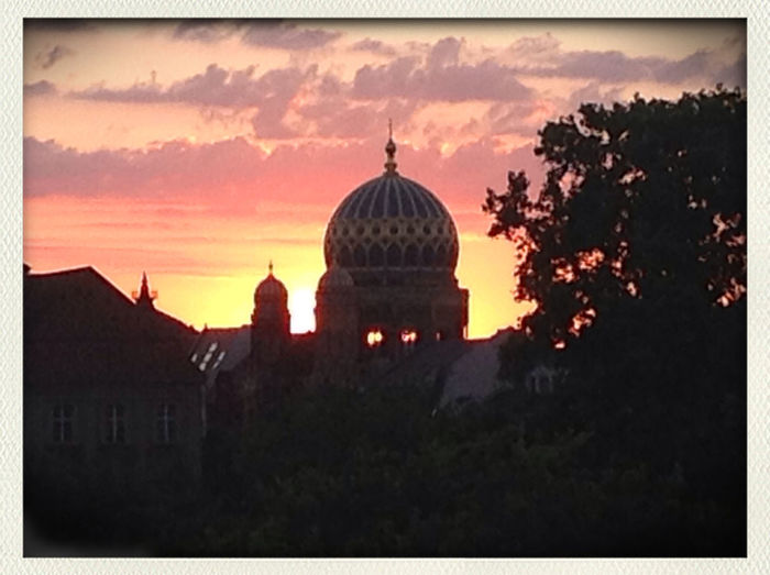Look at the synagogue! Best pic I've taken yet. :) #Berlin