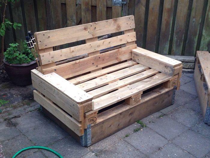 OWN design pallet lounge Seat
