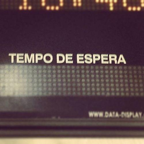 Aspetta de sperà.... Fondamentalmente! Time Wait Hope Adasperaperaspera Lisboa Metro Tempo Travel