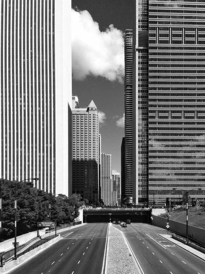 Walhalla for nerds. The Architect - 2017 EyeEm Awards Architecture Chicago Architecture Chicago Millennium Park Urban Geometry Urban Skyline Cityscape Black And White Skyscraper Tunnel Horizontal And Vertical Clean Lines Eyem Rulez