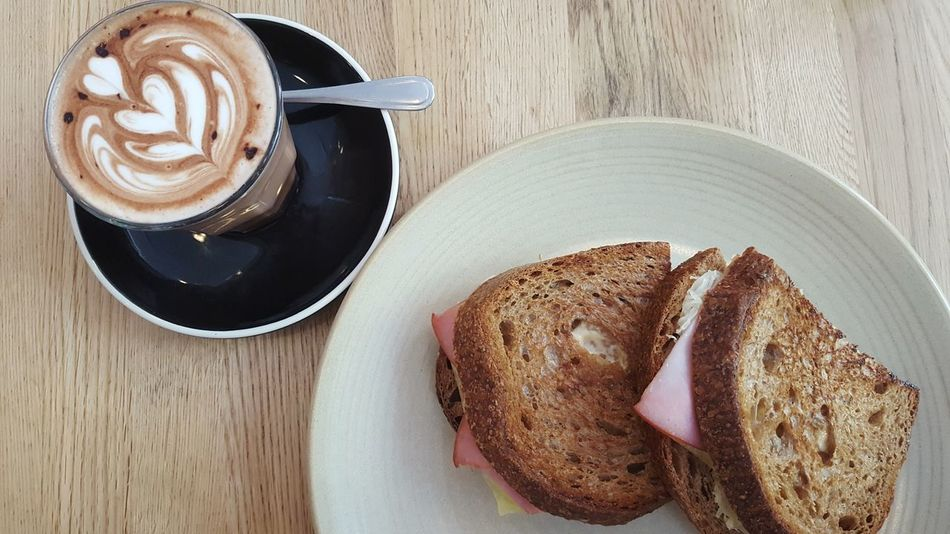 Lunchtime Escape Me Time ♥ Coffee Sandwich Froth Art