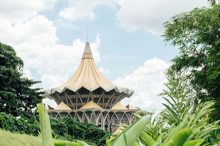 Sarawak State Legislative Assembly Building (Dewan Undangan Negeri) Architectural Feature Built Structure Legislative Building Legislativebuildings Sarawak Tourism Tranquility Travel Destinations