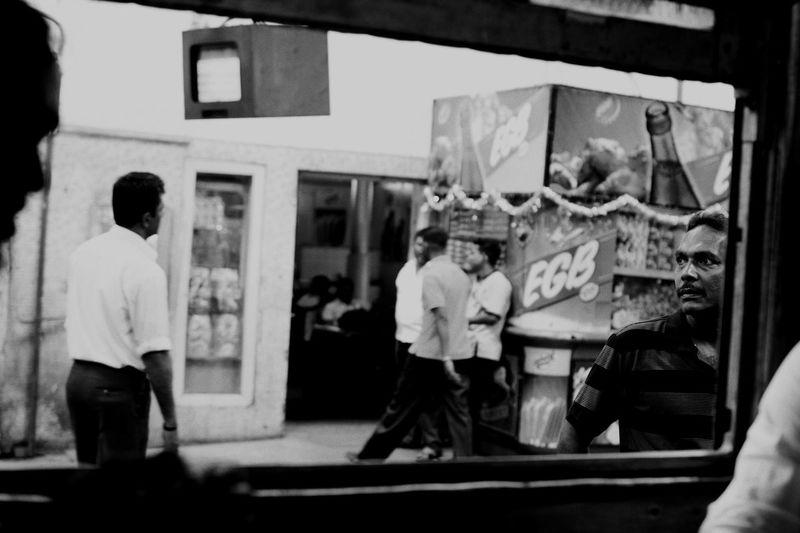 Colombo Kandy Sri Lanka Sri Lankan SriLanka Srilankan Streetphoto_bw Train Travel Traveling In Sri Lanka