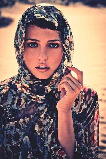 #Beautiful #woman