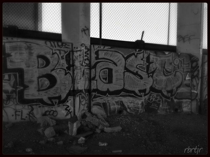 Graffiti Urban Art By JUNIQE UrbanART Bnw_graffiti