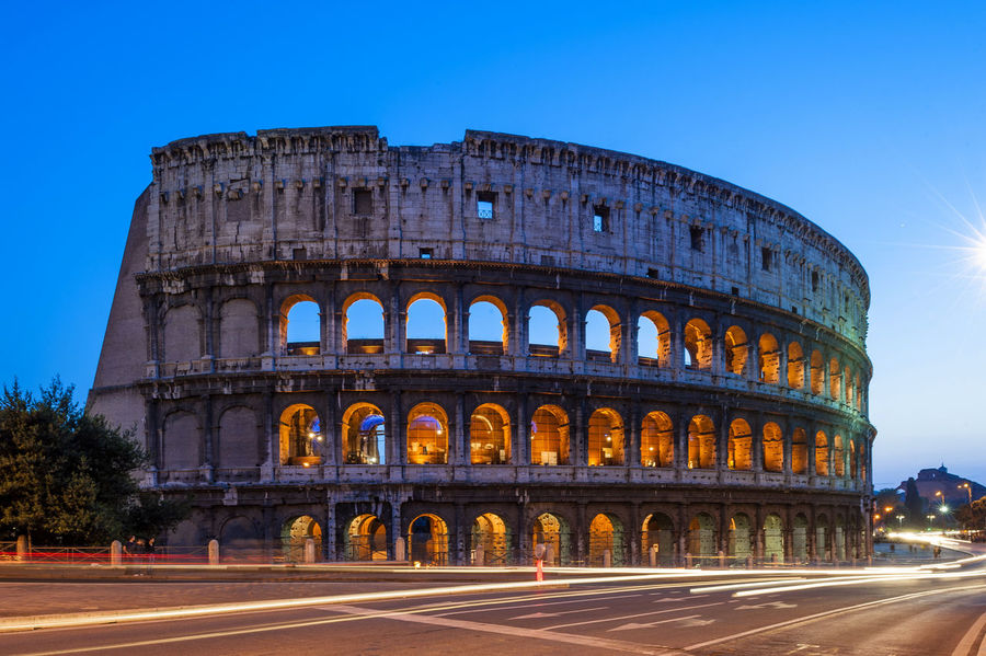 Cities At Night Cities At Night Eyeem Awards 2016 The Architect - 2016 EyeEm Awards Rome Italy The Colosseum, Rome The City Light