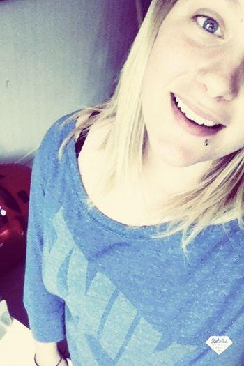"""~""""Toujours garder le sourire, dans les bons comme dans les mauvais moments""""🎀💙"""