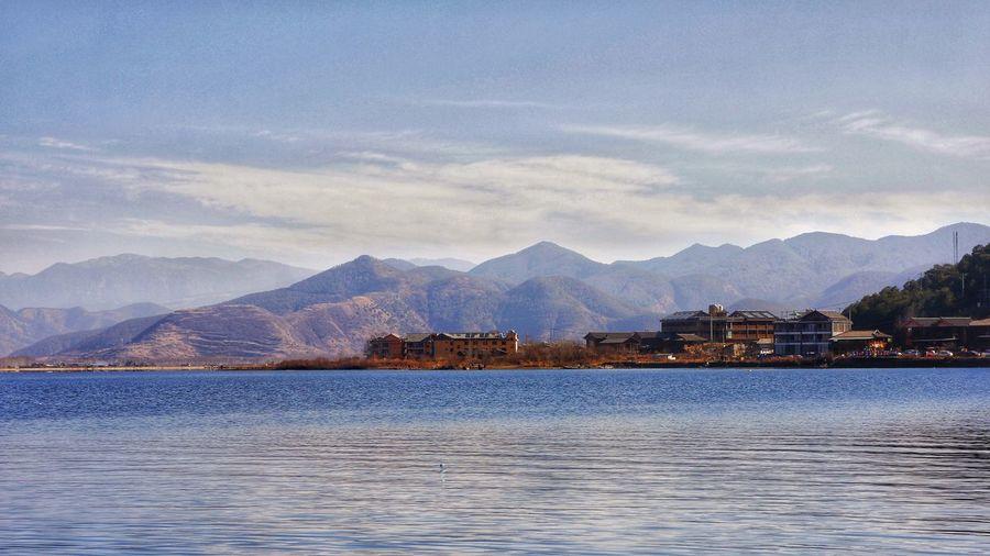 泸沽湖 湖景 山景 山 湖