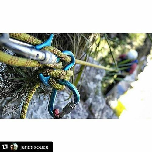 Repost @jancesouza with @repostapp ・・・ Canyoneering Canyon Canyoning Canionismobrasil Cachoeirismo Aventure AnfibiosOrdinarios Aventure_se Varamato Varacanion Happy Adrenalina Canionismo Petzlgram Petzl Profissaoaventura
