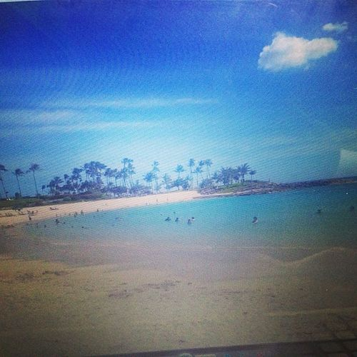 Koolina Koolinabeach Clearbluewater Unsaltywater bluesky noclouds sunnyday hawaii oahu