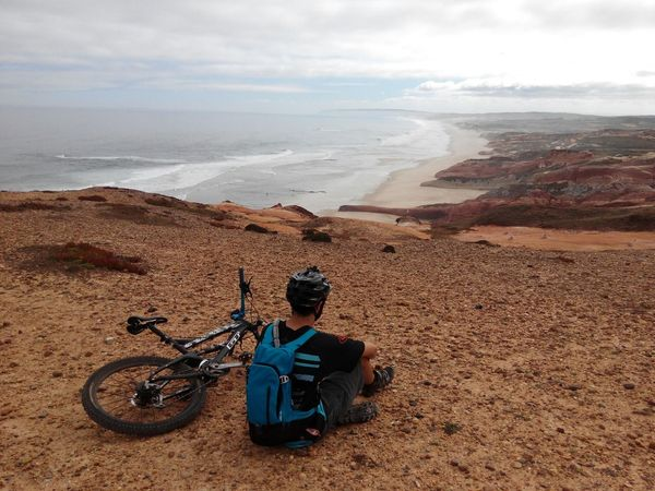 Chilling on the Cliffs @Baleal Allmountain Enduromtb MTB Biking MTB ADVENTURE MTB BTT Cliffs Chilling Beach Baleal