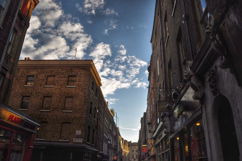 Quality early morning light in London. Q London Light And Shadow Architecture Morning Light Streetphotography Urban Landscape Street Shops Architectural Detail Building Exterior Façade Buildings Buildings & Sky EyeEm Best Shots Capital Cities  City City Life EyeEm Gallery City Street Cities Of Europe EyeEm X Getty Images Londonstreets