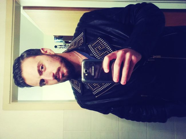 New Hair! I Like it!!