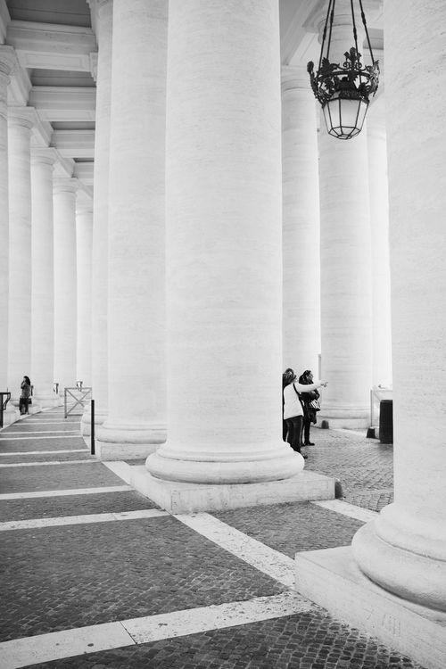 Vatican columns // VSCO Vscocam Black & White Blackandwhite Monochrome Streetphoto_bw Streetphotography FUJIFILM X100S Fuji X100s X100S