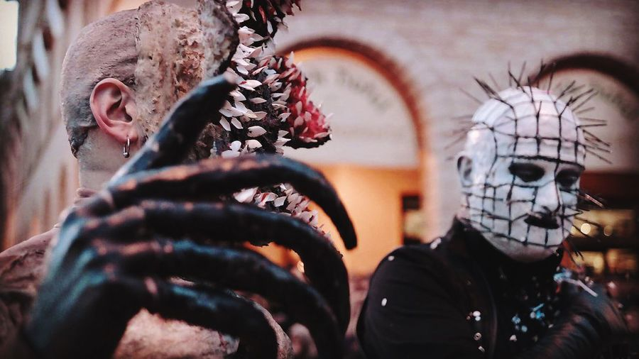 Carnival time Hellreiser Stranger Things Pinhead Demogorgone Demogorgon Carrasciali Carrasciali Timpiesu Carnevale Carnival Real People Disguise Mask - Disguise Portrait Mask Headshot Clothing Day Carnival - Celebration Event Costume Adult Creativity Unrecognizable Person Lifestyles