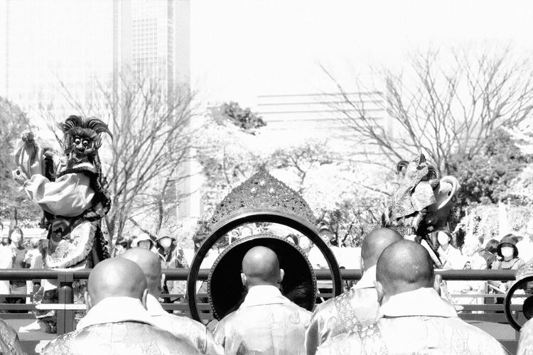 Temple opening in Tokyo, 2014. Blackandwhite Buddhism Dance Fight Masks Monks Religion Show Skyscraper Swordfight Swords Tokio Tokyo
