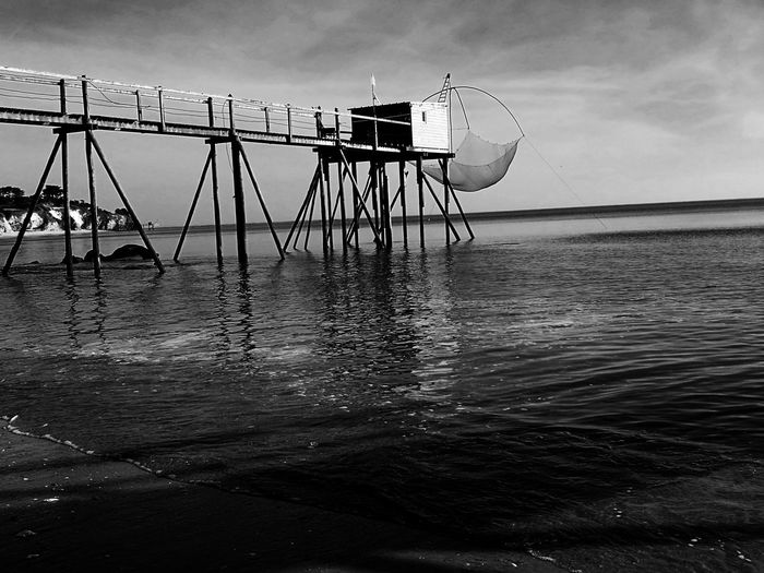 Blackandwhite Photography B&w Photo B&w Monochrome Photograhy Monochrome Collection B&W Collection B&WPhoto B&W Photo Lifestyle Sea Beach Sky Water Pêcherie Fisheries Fisheries Building Loire Atlantique La Bernerie En Retz France🇫🇷 HuaweiP9Photography The Architect - 2017 EyeEm Awards Neighborhood Map BYOPaper! HUAWEI Photo Award: After Dark