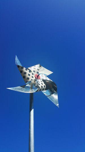 EyeEmonGI Blue Wind Sky
