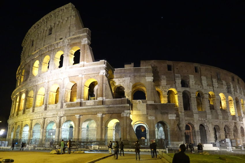 Building Exterior Colosseo Famous Place Historic History Night Roma Travel Travel Destinations