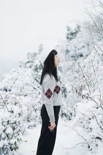 Girl ThatsMe Winter Snow Cold Temperature Long Hair Nature Beautiful Woman Standing One Person Beauty Forest Outdoors